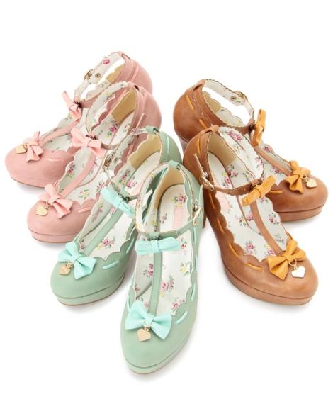 Liz-Lisa-Boots-and-summer-footwear-2013-2